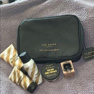 Ted Barker London Grooming kit. Bnwt
